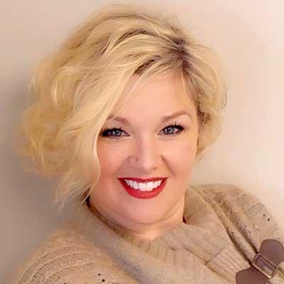 Portrait of Wendy Radford