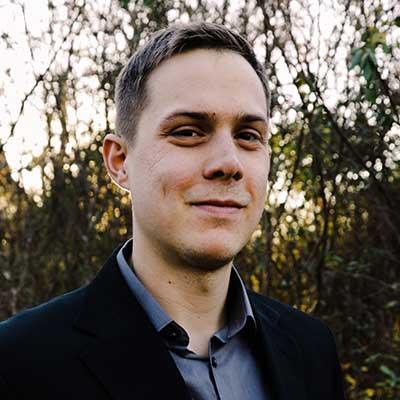Portrait of David Luxton